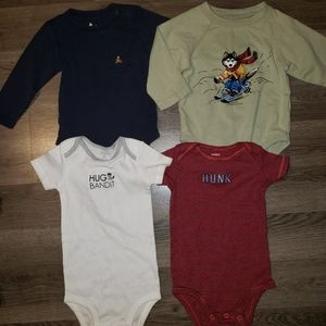 🎄 12m Bodysuit Bundle Lot of 4